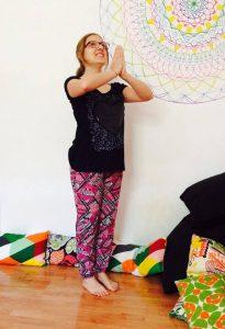 posizione yoga la preghiera della montagna